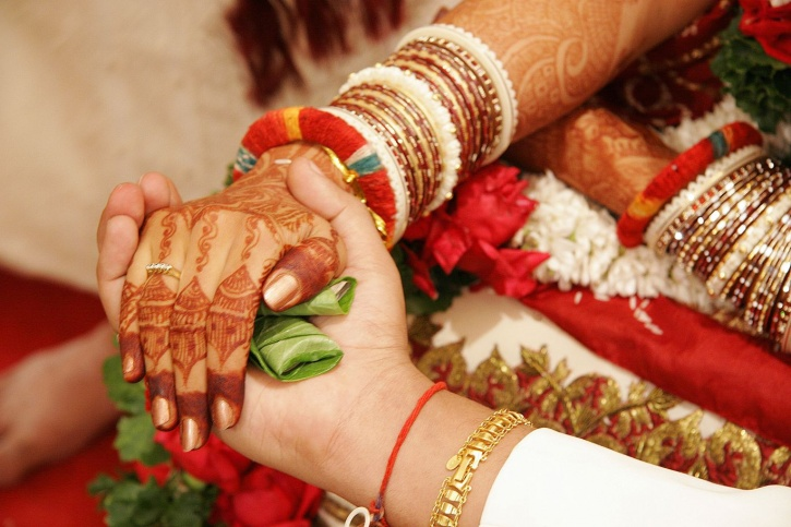 Free love marriage specialist